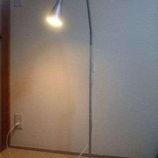 フロアスタンド照明(IKEA)