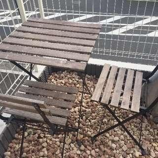 IKEA  ガーデンテーブル 古いですが