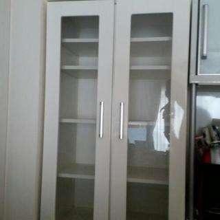 食器棚《ニトリで購入》