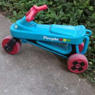 2歳くらいにぴったり ポータブルブーブ 公園レーサー スカイブルー