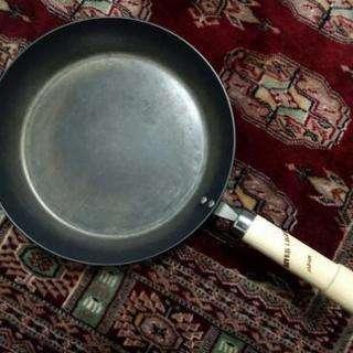 リバーライト 極 28cm 厚板フライパン ステーキパン