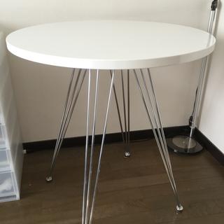 白いカフェテーブル(取引完了)