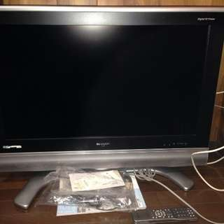 SHARP 液晶カラーテレビ32型