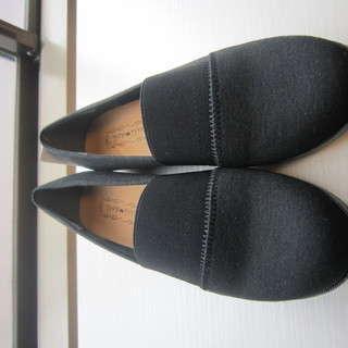 ☆新品☆合わせやすい黒靴
