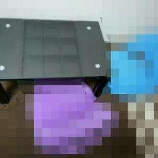 ドンキで買った机です。