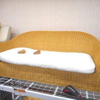 札幌 引き取り 籐製/ラタン製 2人掛けソファ 脚付き 格安で