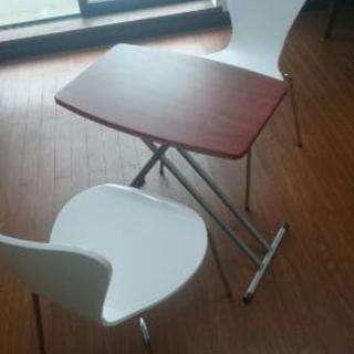 格安!椅子と折り畳みテーブルセット