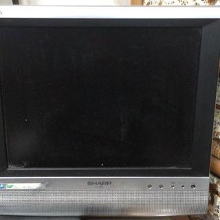 シャープ2005年製14インチ液晶テレビ(地デジチューナーは付属し...