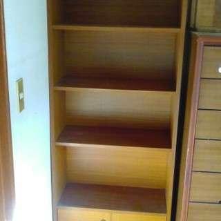 5段本棚収納スペース付き