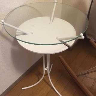 おしゃれガラステーブル