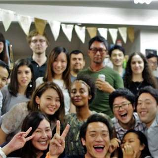 【旅行・国際交流好き必見!】海外旅行記事の編集:国際的なメンバーと...