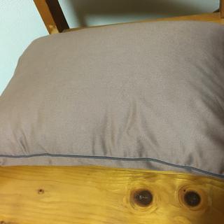 枕、カバー付