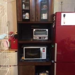 〜取引中〜  平田家具で購入した食器棚、レンジボードセット
