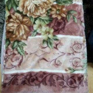 毛布(アクリル100%)