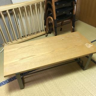 (取引中)脚が鉄製のカフェテーブル 19日まで掲載