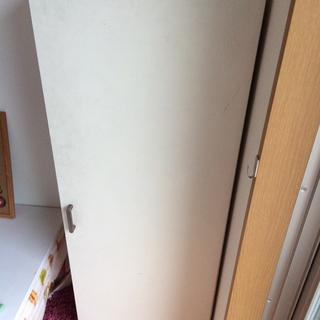 白い棚 引き出し たんす 靴箱 収納