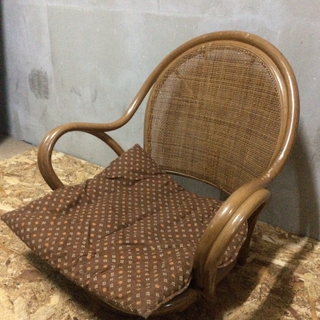 LC100103 ラタン製1人用座椅子
