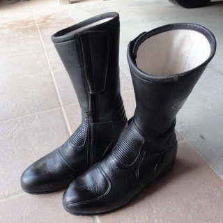 クシタニ ツーリングブーツ
