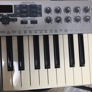 【受付再開】MIDIキーボード E-MU X board25