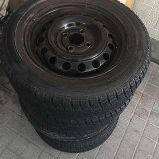 175 -65R-14インチ ダンロップ スタッドレスタイヤ4本 ...