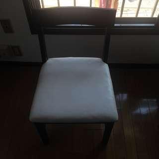 食卓用 椅子 お譲りします。