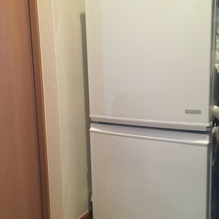 シャープ137L冷蔵庫2014年製(取りに来れる方限定)