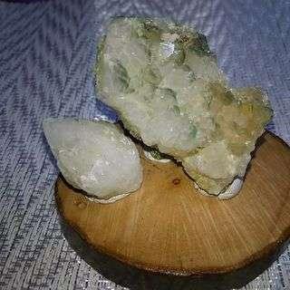 秋田県荒川鉱山産 緑水晶とキャンドル水晶セット