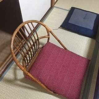 座椅子と座布団