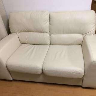 交渉中【11月16日まで】IKEA 2名掛けソファ