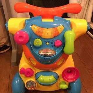 トイザらス 室内用乗るおもちゃ