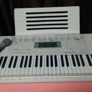 CASIO 電子ピアノ LK-221