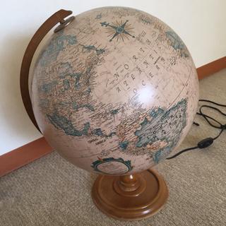 地球儀型電気スタンドライト