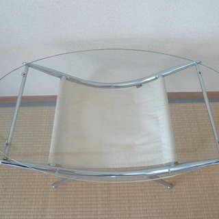 【取引中】ガラス製 ローテーブル