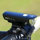 キャットアイ VOLT200  定番のコンパクト充電ライトが更に明...