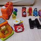 中古 男の子向け車やバスなどの玩具