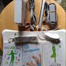 取引中 Wii本体+バランスボード+WiiFit他ソフト3本