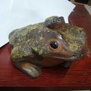 備前焼 風格のあるカエル置物2,4キロ