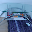 ガラスのセンターテーブル