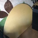 椅子2脚付きダイニングテーブル