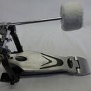 バスドラム用ペダルです。