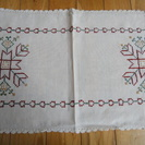 北欧の手縫いデンマーク刺繍ランチョンマット