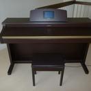 電子ピアノ(ロ-ランド)