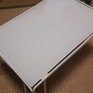 IKEAコーヒーテーブル・サイドテーブル・ガラステーブル