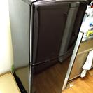 2013年 2ドア冷蔵庫 137L 板橋区