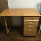 商談中。木製 折りたたみ机