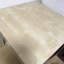 IKEA 正方形テーブル