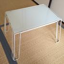 【再値下げ】IKEA ガラスミニテーブル 白 値下げしました