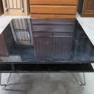 SO27. テーブル 黒