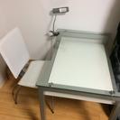 テーブルとチェア2脚 セット