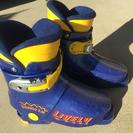 子供用スキーブーツ 18cm